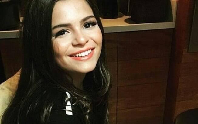 Luana Marquezine, 15, chama atenção na web por conta da semelhança com a irmã mais velha, a atriz global Bruna Marquezine