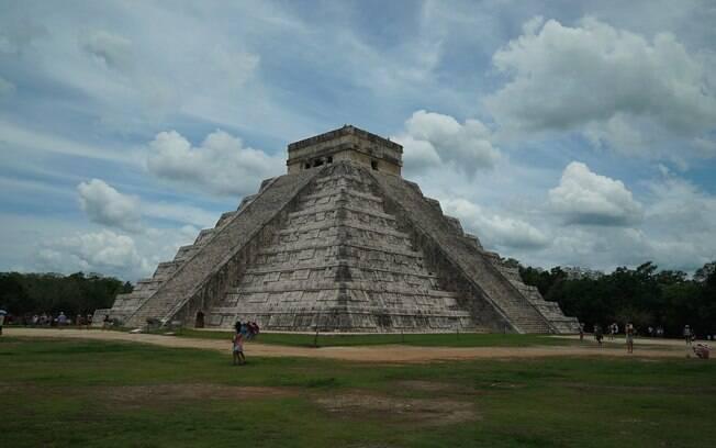 Pirâmide  Maia em Chichen Itza