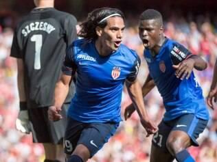 Falcao Garcia celebra gol marcado sobre o Arsenal, em Londres