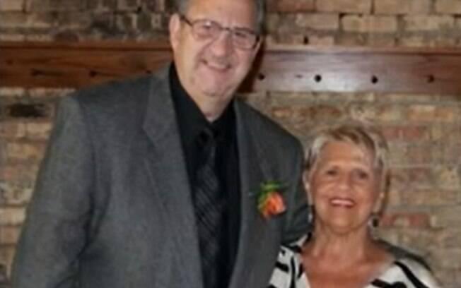 Carol Bruno deu entrada no hospital no Dia de Ação de Graças e Mike Bruno foi internado duas semanas depois.
