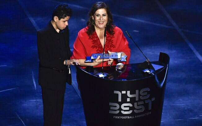 Silvia Greco e seu filho Nickollas
