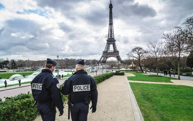 Desde atentado em novembro de 2015, França está sob estado de emergência e teme novos ataques terroristas