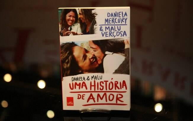 'Daniela & Malu - Uma História de Amor', conta a história do casal desde o início