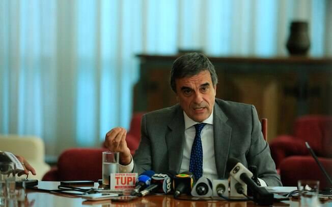 Cardozo afirmou que a perícia feita pelo Senado descaracterizou eventual culpa de Dilma