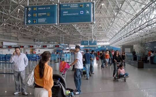 BNDES fixa forma de empréstimo a vencedores de leilão de aeroportos - Home - iG