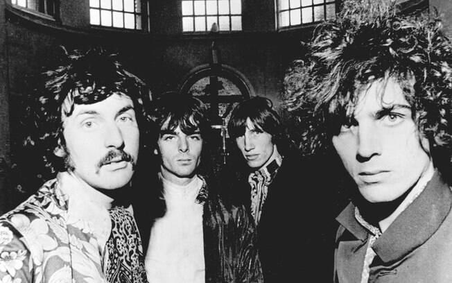 Pink Floyd é uma banda britânica de rock, formada em Londres em 1965, dono dos hits como Another Brick in The Wall e Hey You