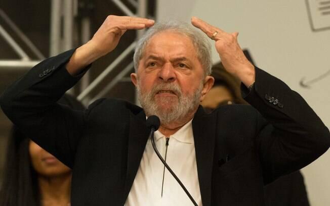 Ex-presidente Luiz Inácio Lula da Silva já foi condenado pelo juiz Sérgio Moro no caso tríplex da Operação Lava Jato