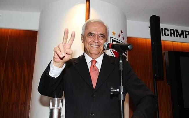 Leco é o presidente do São Paulo