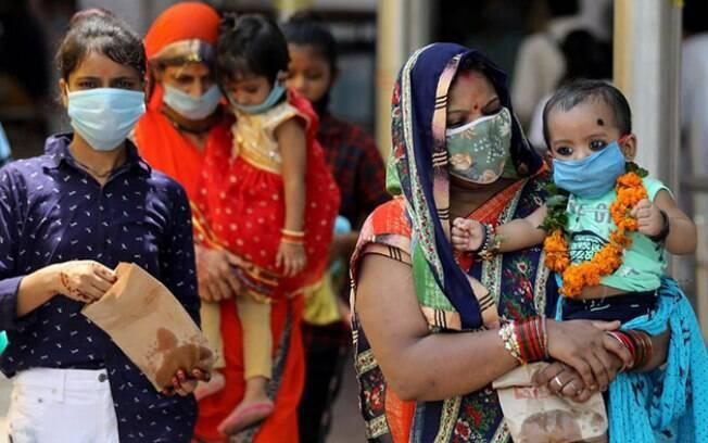 Números mais recentes mostram que o surto na Índia não está perdendo força