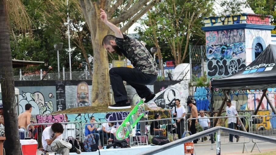 Campeonato de skate na Praça das Águas, em 2018.