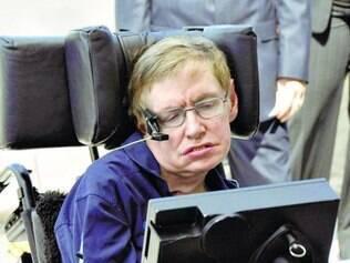 Essa é a segunda vez que Stephen Hawking fala sobre o assunto