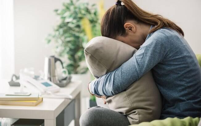 Superar o término de um relacionamento pode ser difícil, mas não significa que você vai ficar na fossa para sempre
