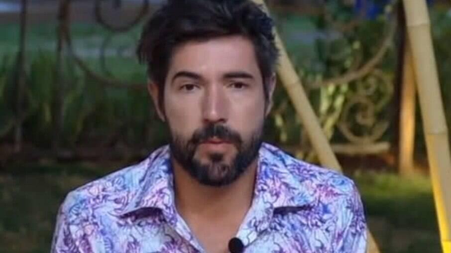 Sandro Pedroso em 'A Fazenda'