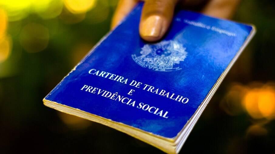 Brasil é o 2º país com pior mal-estar econômico, segundo levantamento de pesquisador do Ibre-FGV