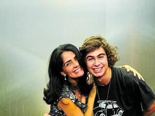 """Patrícia França e Rafael Vitti farão mãe e filho em """"Malhação"""""""