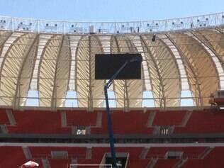 Novo telão é um placar de 86m² e fica atrás da baliza localizada à direita das cabines de imprensa