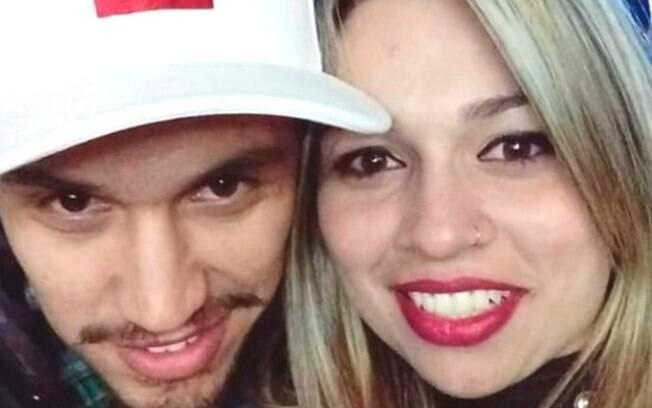 Casal foi morto após ter carro alvejado com 50 tiros no Paraná