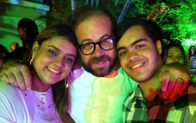 Preta Gil comemorou seu aniversário de 37 anos na companhia de amigos, entre eles o ex-marido, o ator Otávio Müller, e do filho Francisco