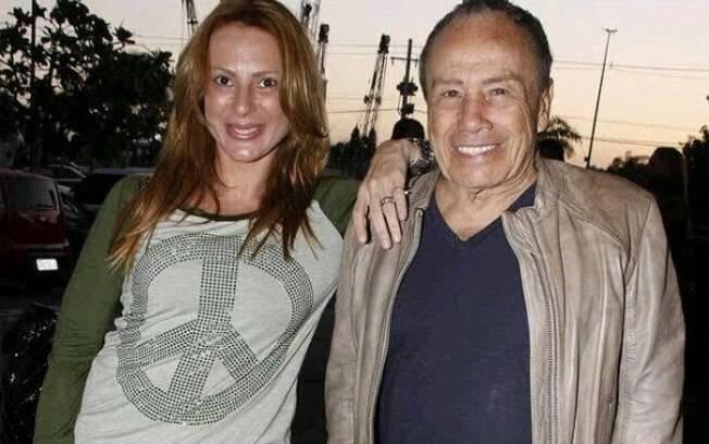Stênio Garcia e a esposa
