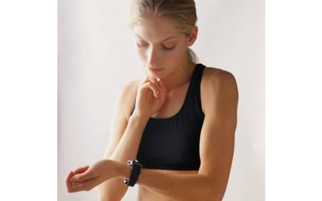 Você pode medir os batimentos cardíacos no pescoço ou no punho