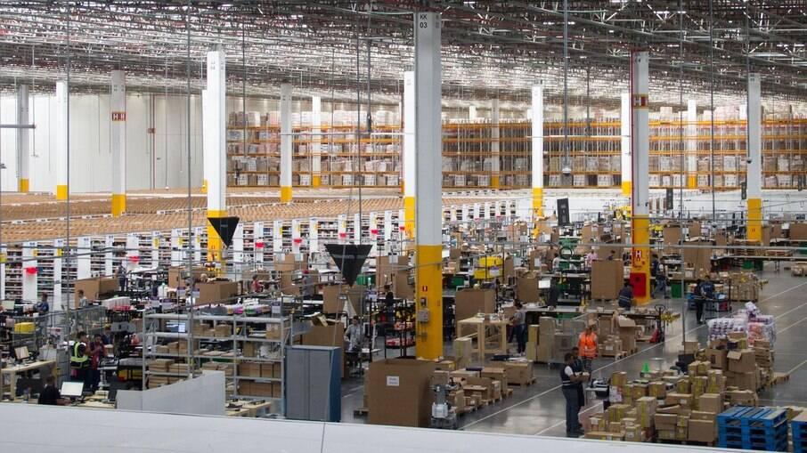 Serviços de armazenagem, logística e entregas foram destaques da recuperação