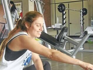 Alongamentos são muito importantes antes de iniciar qualquer tipo de atividade física
