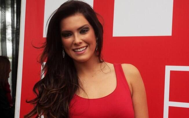 Débora Lyra não corre risco de ficar com sequelas após acidente