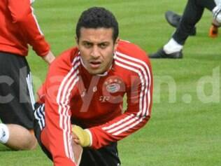 Filho do ex-jogador Mazinho, Thiago perdeu a chance de disputar a Copa no país de seu pai