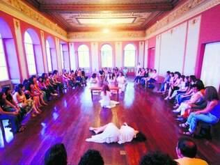"""Teatro. Espetáculo """"Hysteria"""", do Grupo XIX de Teatro, é um dos destaques da programação"""