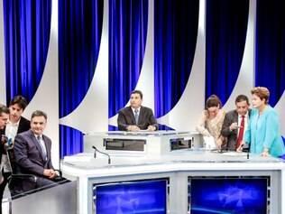 Ex-presidente criticou postura de Aécio Neves durante os debates contra Dilma Rousseff.