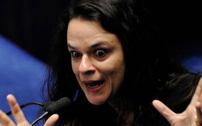 Uma das autoras do impeachment contra Dilma, advogada Janaina Paschoal saiu em defesa de Jair Bolsonaro