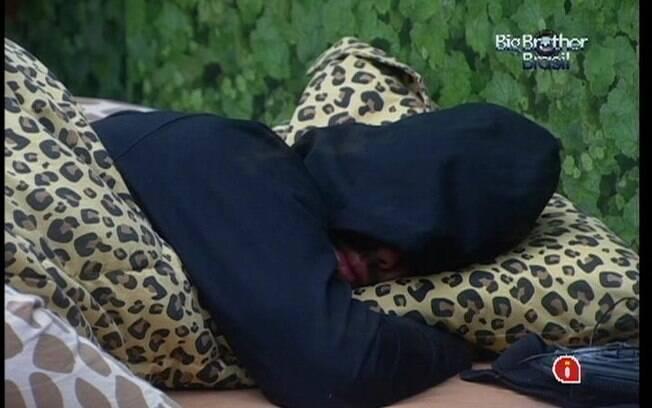 Cansado, Yuri segue dormindo no Quarto Selva