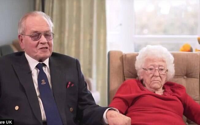 Joan e Bill Miles são casados há 64 anos e o idoso diz que não conseguiria viver sem a parceira