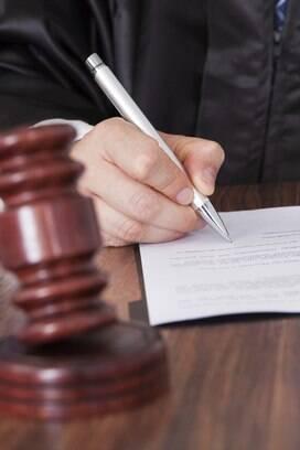 2 - Quando uma das partes não consegue prestar devidas informações, acontece a negativa de prestação jurisdicional, responsável mencionada em 39,811 mil processos. Foto: iStock/Thinkstock