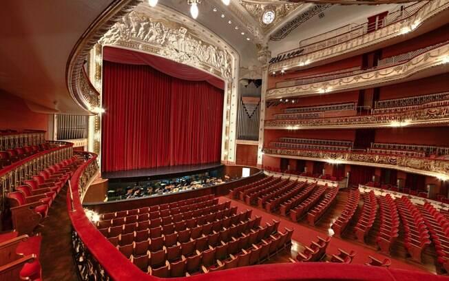 Administração do Theatro Municipal de São Paulo é feita pelo Instituto Odeon, que teve as contas de 2018 reprovadas por auditoria interna