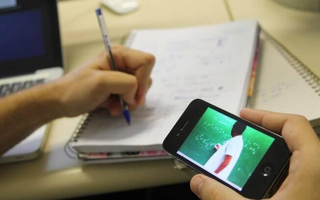 Atividades são oferecidas exclusivamente para jovens do ensino médio da rede pública de São Paulo