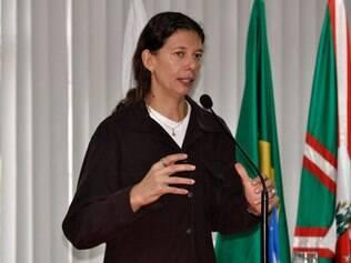 Ana Moser, que fez muito pela seleção brasileira feminina de vôlei, hoje luta, do lado de fora das quadras, pelo esporte nacional