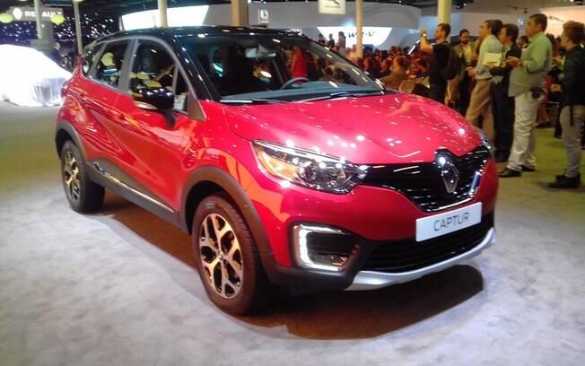 A base do Renault Captur é a mesma do Duster, mas a proposta é diferente, posicionando o novo utilitário como uma versão premium.