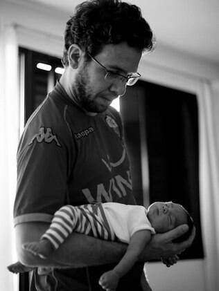 Eduardo Moraes e o filho: