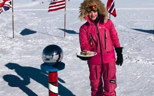 A aventureira Jade Hameister deixou o sanduíche frio no Polo Sul como resposta ao machismo que sofreu pela internet
