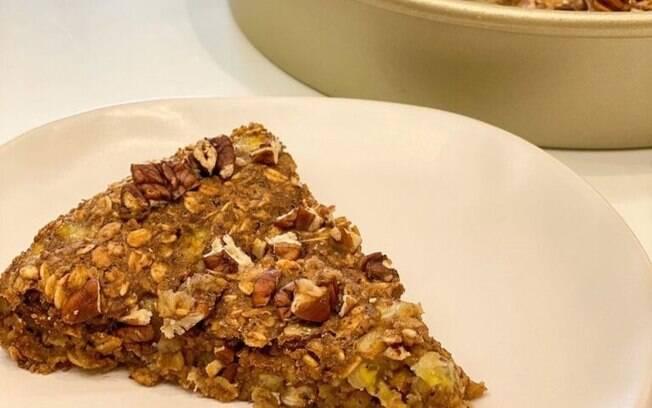 Torta de banana com aveia: sobremesa saudável e irresistível