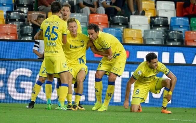 Jogadores do Chievo durante a última temporada do Campeonato Italiano