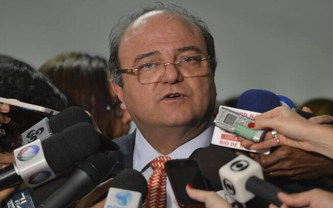 Deputado federal pelo PT de São Paulo e ex-líder do governo Lula, Cândido Vaccarezza teria recebido R$ 400 mil em propina. Foto: Agência Brasil