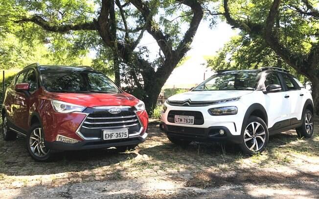 Citroën C4 Cactus encara o rival JAC T50 CVT numa briga de SUVs compactos que não estão entre os líderes de vendas