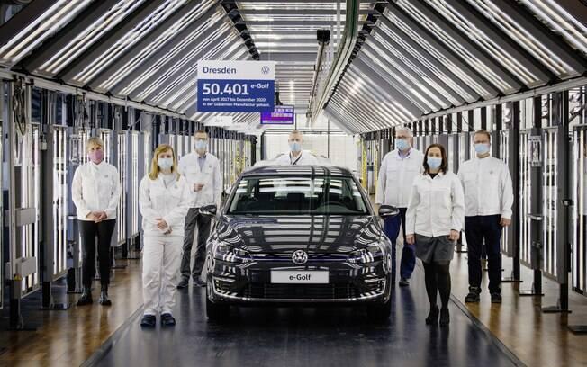 Volkswagen e-Golf será substituído pelo elétrico ID.3 na linha da marca alemã, que começa a lançar linha de elétricos com a base MEB