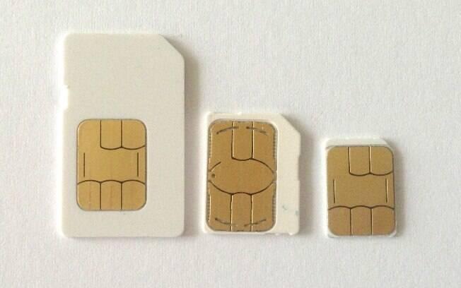 Da esquerda para direita: chips Mini-SIM, Micro-SIM e Nano-SIM