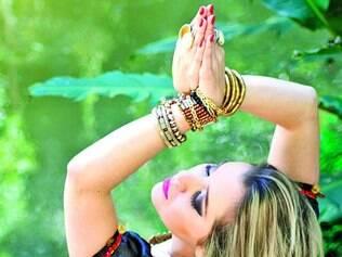 Autoconhecimento. A professora de ioga Ailla Pacheco afirma que devemos voltar o foco para o interior