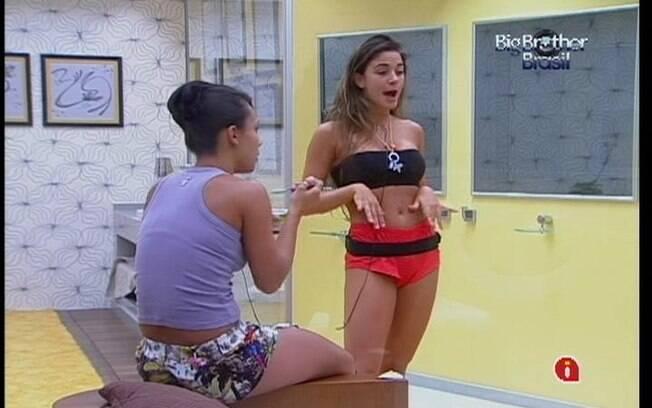 Gaúcha imita a voz de um travesti