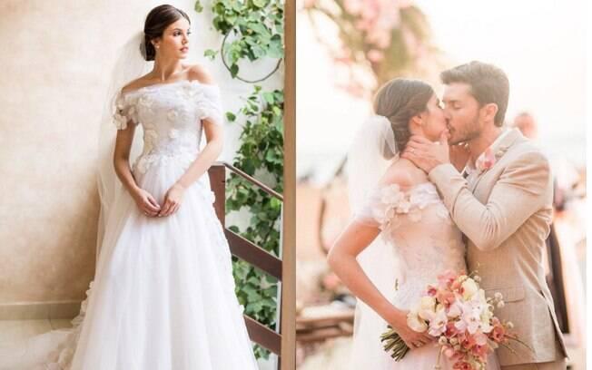 O vestido de noiva para o casamento de dia de Camila Queiroz era de tule e teve bordados de flores feitos à mão