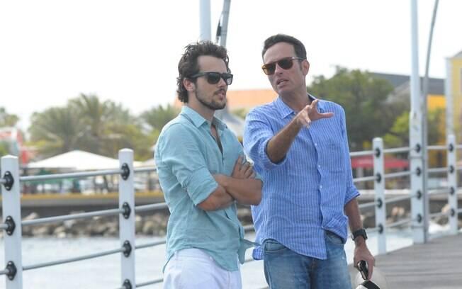 Record divulga fotos de Dado Dolabella e outros atores gravando a novela 'Vitória' em Curaçao